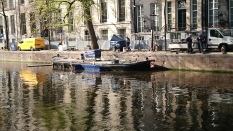 Working boat - steam cleaner