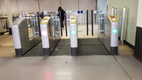Train turnsile -1